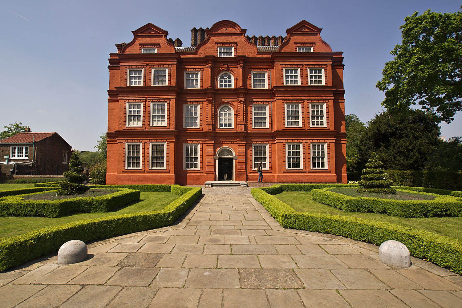 Kew palace the dutch house meanderings abound for Dutch house